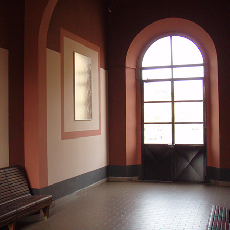 Sala d'attesa stazione FS Gattinara (VC)